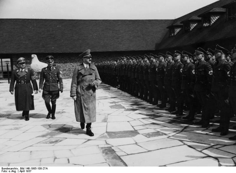 Adolf Hitler and Robert Ley inspects the men at Ordensburg Vogelsang in April 1937