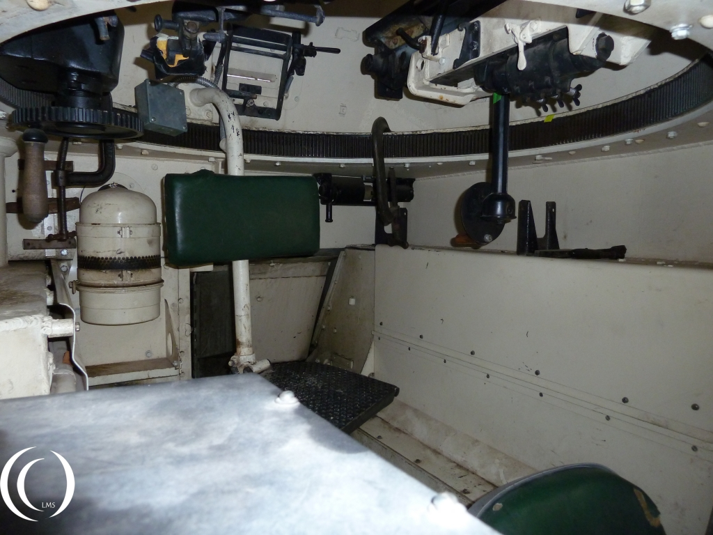 Panzer II inside seat and gun