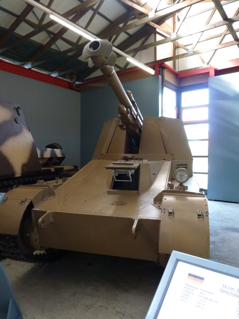 Pz.Kfw. II -Wespe Tank Museum Munster Front
