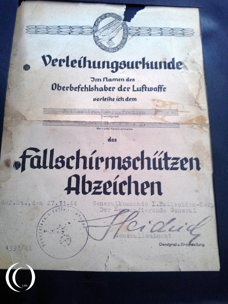 The original certificate of receiving the Fallschirmschutzen abzeichen