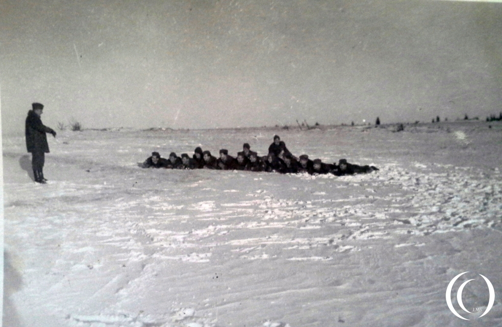 Lets all get a cold belly. Fun or excersize in wintertime with the 9th Army