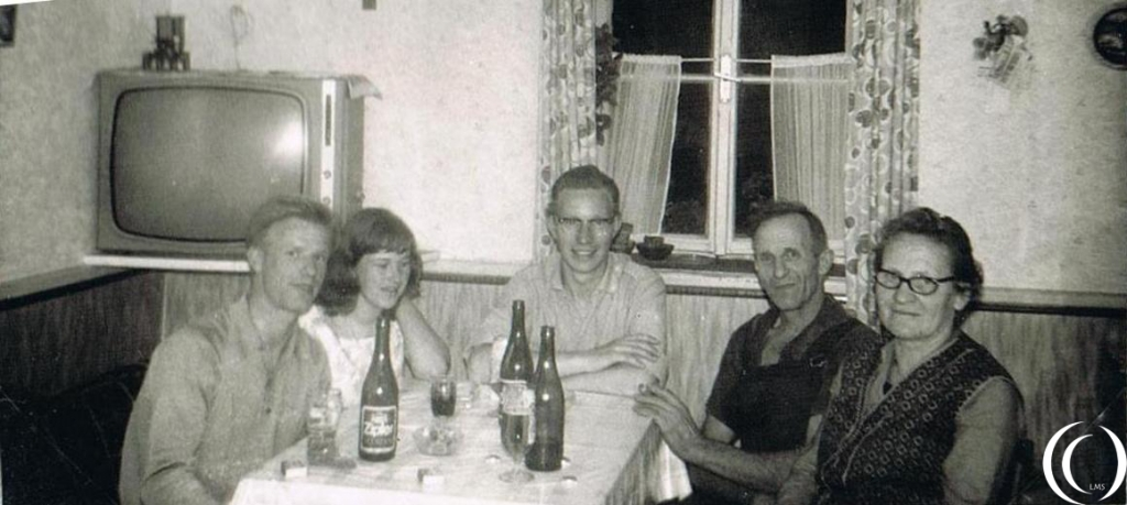 Both my parents and a friend at the Millgrammers residence in Mittersill Austria