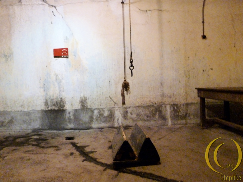 The bunker (torture and interogation room).