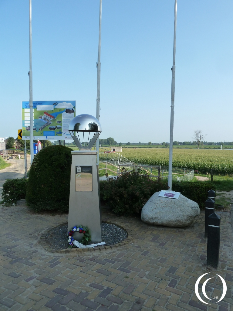 504th PIR memorial at the Thompson Bridge
