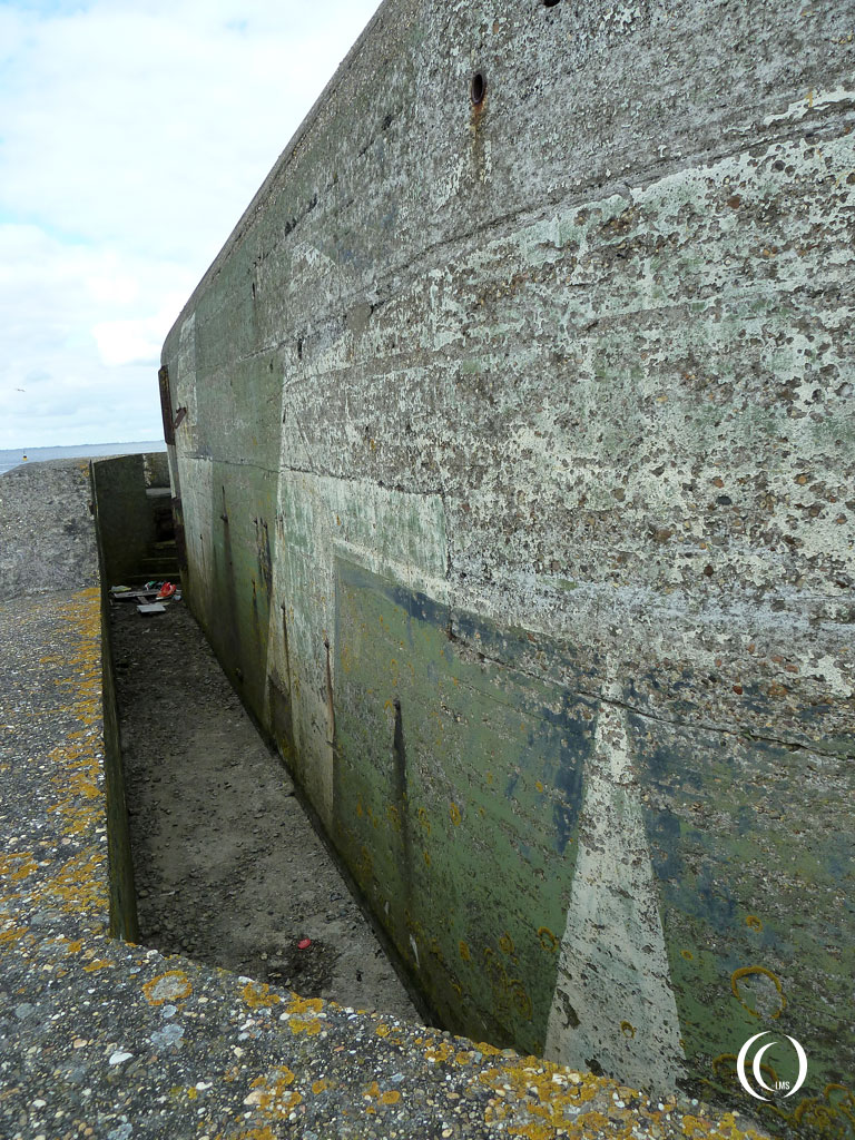 A good view of the camouflage paintscheme of casemate I Kornwerderzand