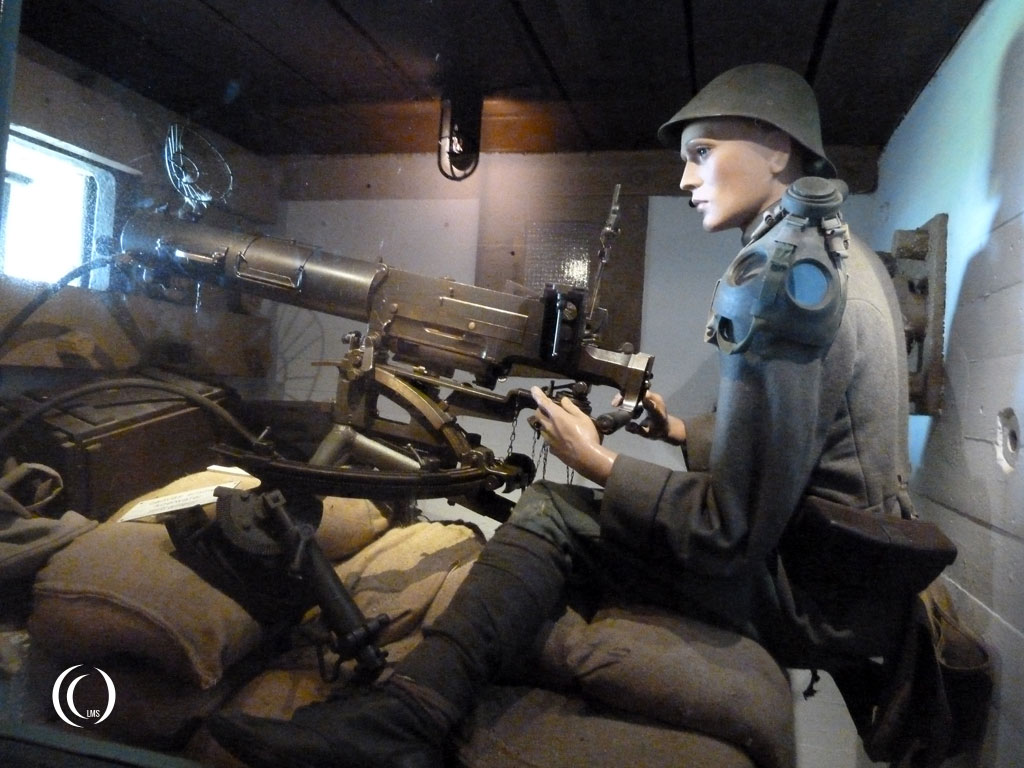 Diorama of Dutch soldier manning 7.9 mm Schwarzlose semi automatic machinegun - Kazemattenmuseum Kornwerderzand, the Netherlands