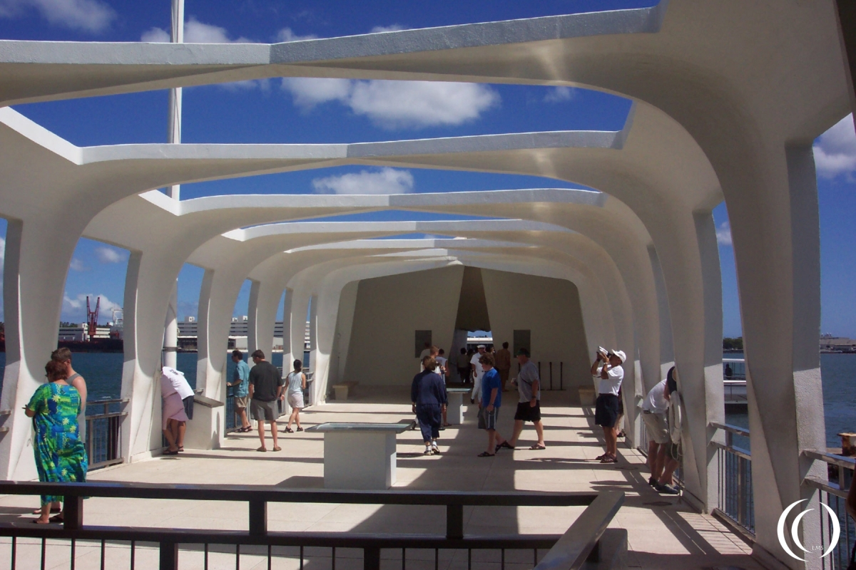 USS Arizona Memorial inside - Photo Marcel Langeslag