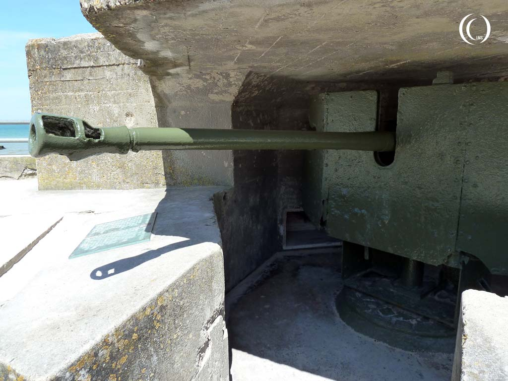 "View of the 5 cm KwK ""Panzerabwehrkanone"" protecting Juno Beach, Normandy. The muzzle has been put out of action - Saint-Aubin-sur-Mer, France"