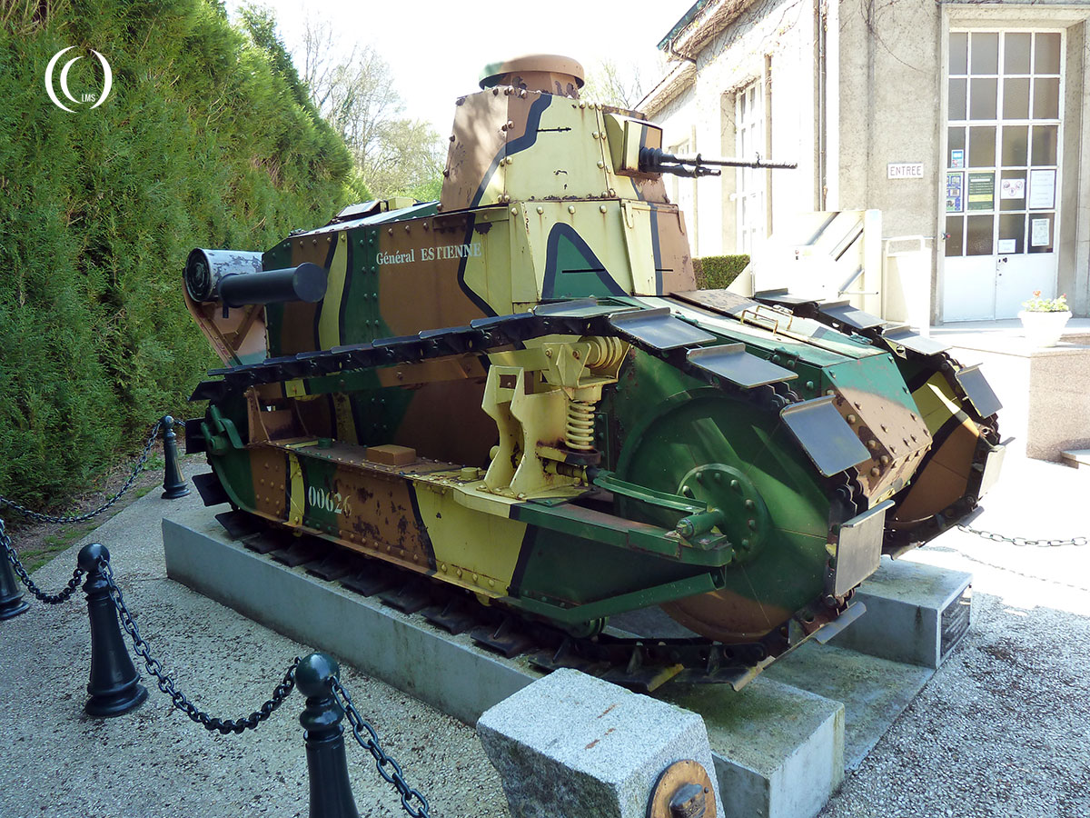 Renault FT 17 tank General Estienne from 1918