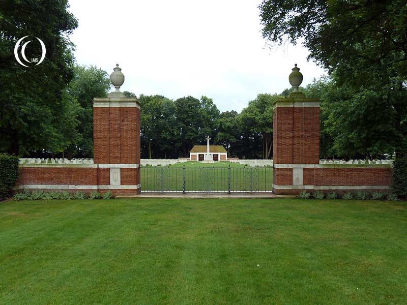 Commonwealth War Graves: Canadian War Cemetery Adegem, Belgium