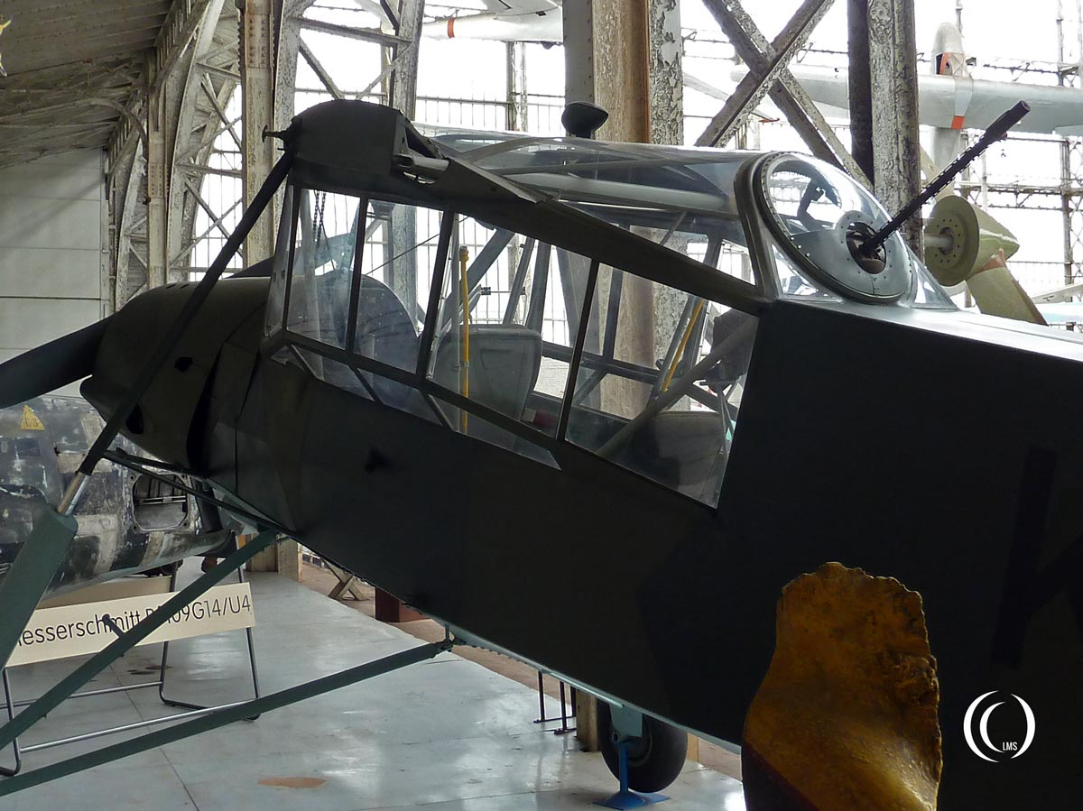 Fieseler-Fi-156C-3-Storch-back-Brussels