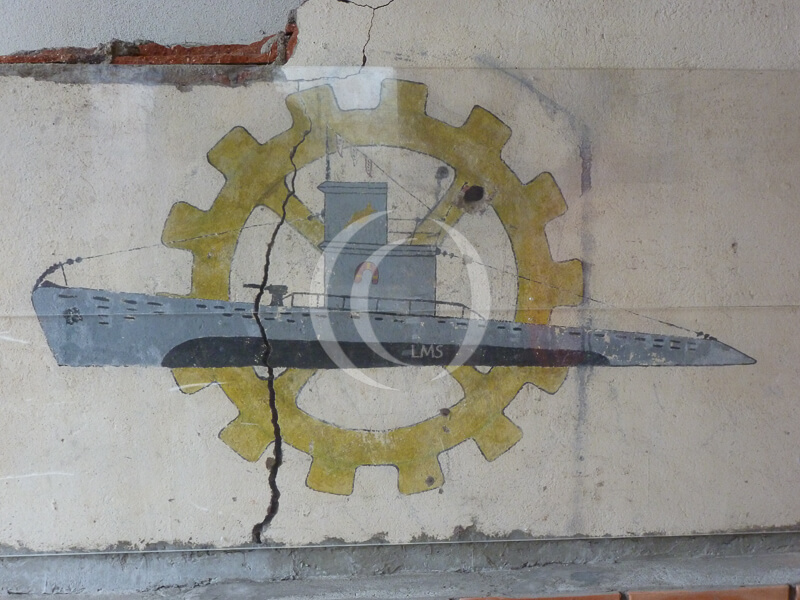 Recovered fresco and logo from Das Boot.