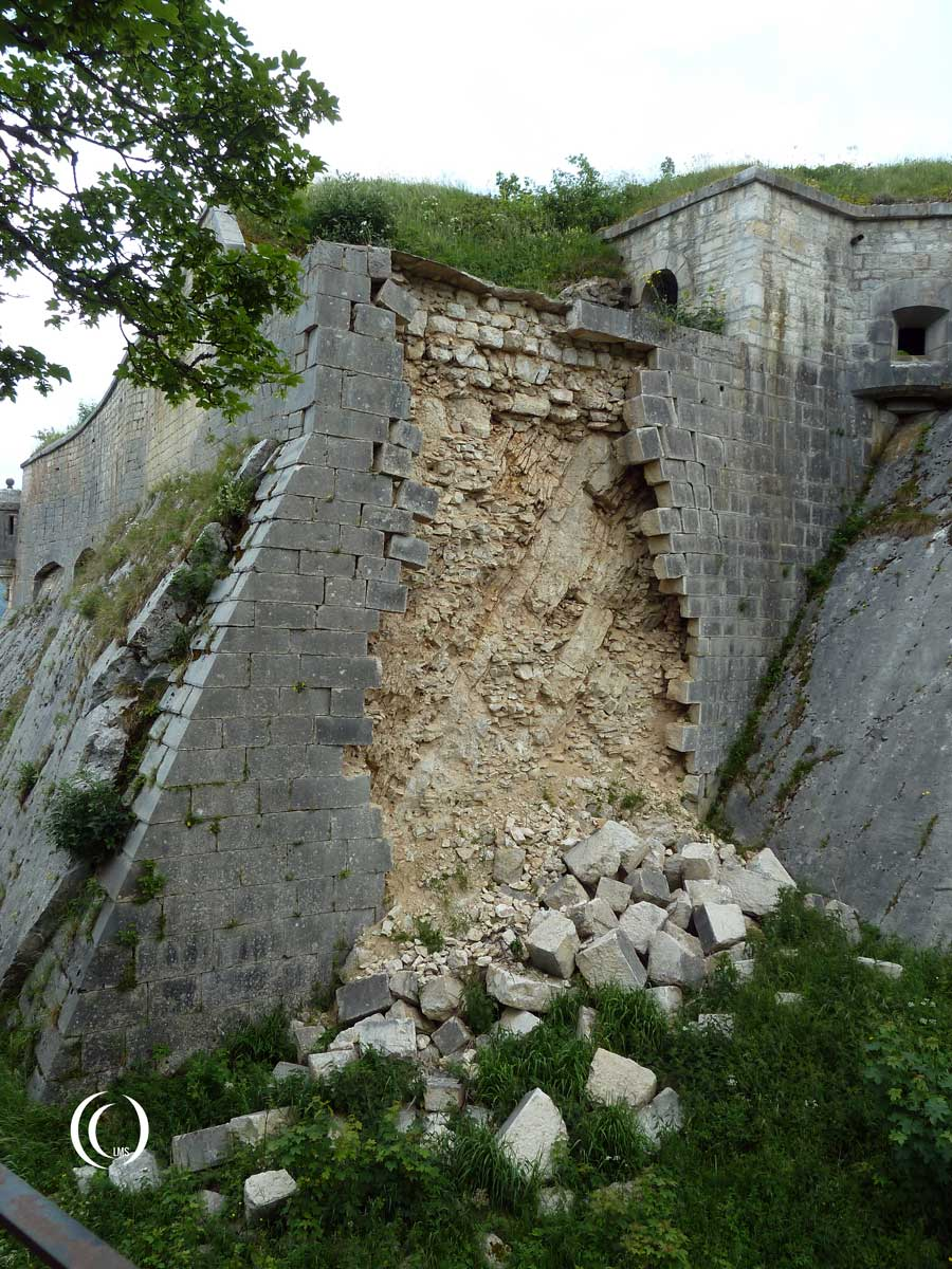 A wall in decay at Fort Mahler in la-Cluse-te-Mijoux, France