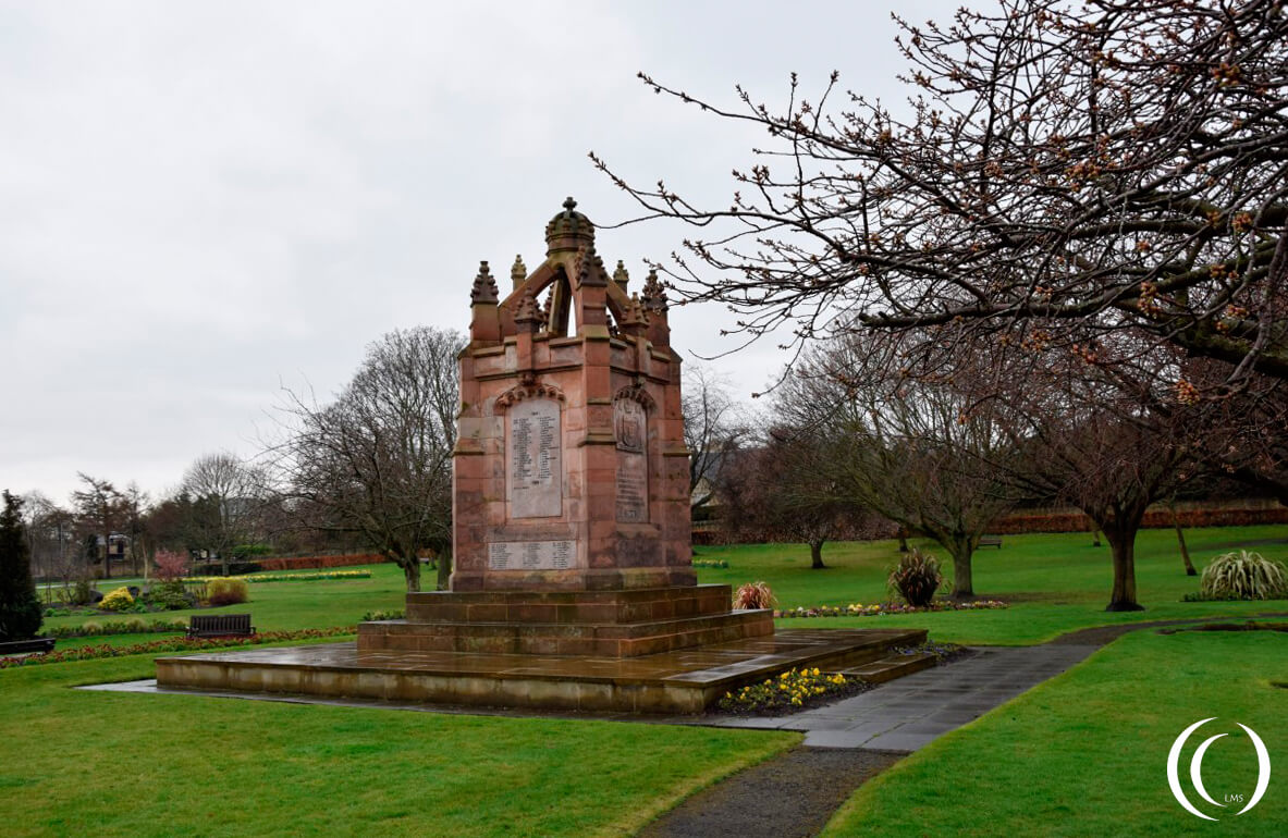 War memorial Dalkeith overview