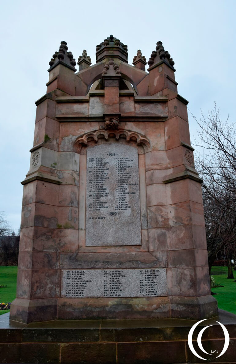 War memorial Dalkeith - the Great War end WW2