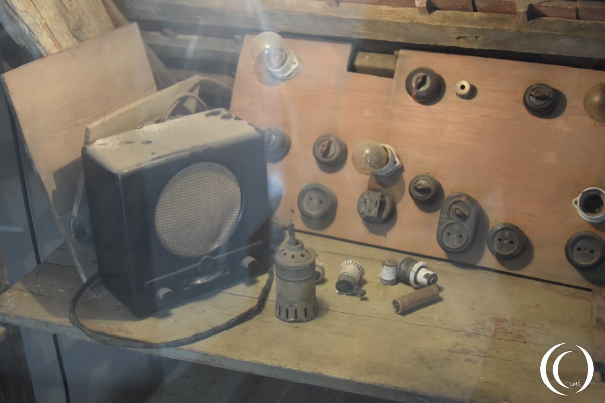 Castle Colditz, homemade radio