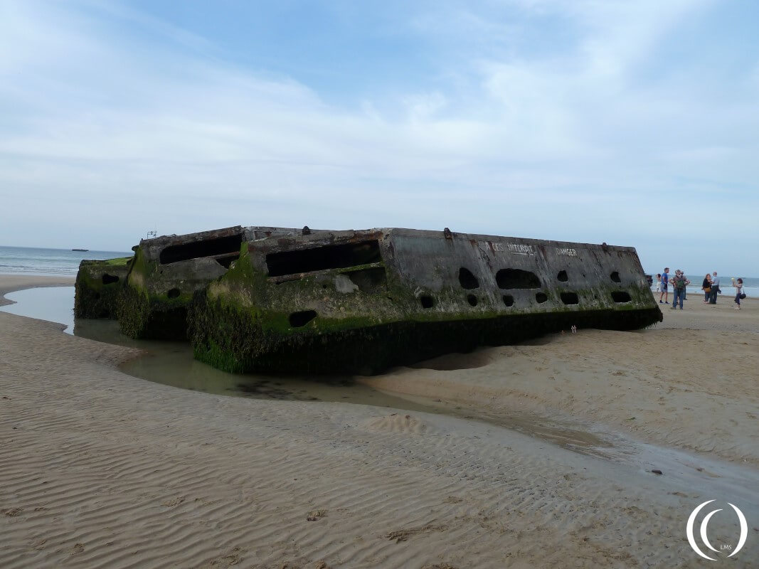 Beetle Mulberry Harbour - Arromanche