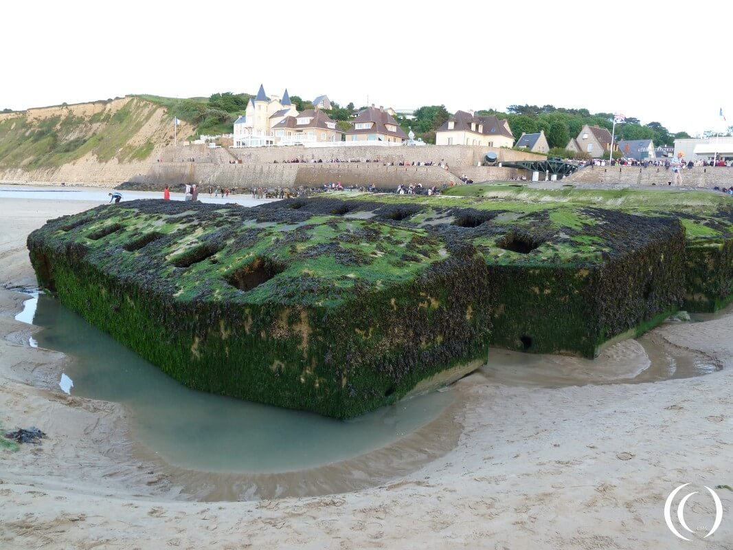 Beetle Mulberry Harbour, Whale Bridge in the back - Arromanche