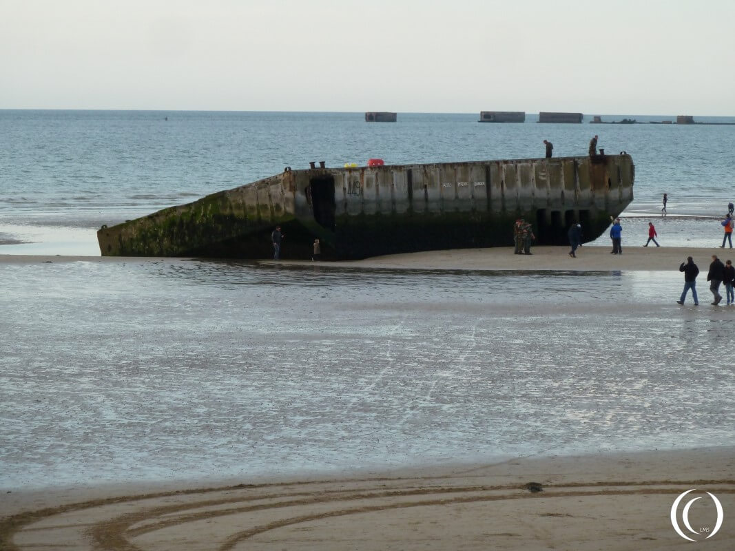 Pontoon and Phoenix Caissons, high tide, Mulberry Harbour - Arromanche