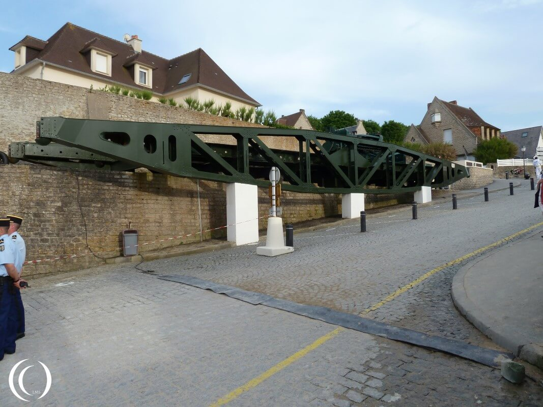 Whale Brigde, Mulberry Harbour - Arromanche