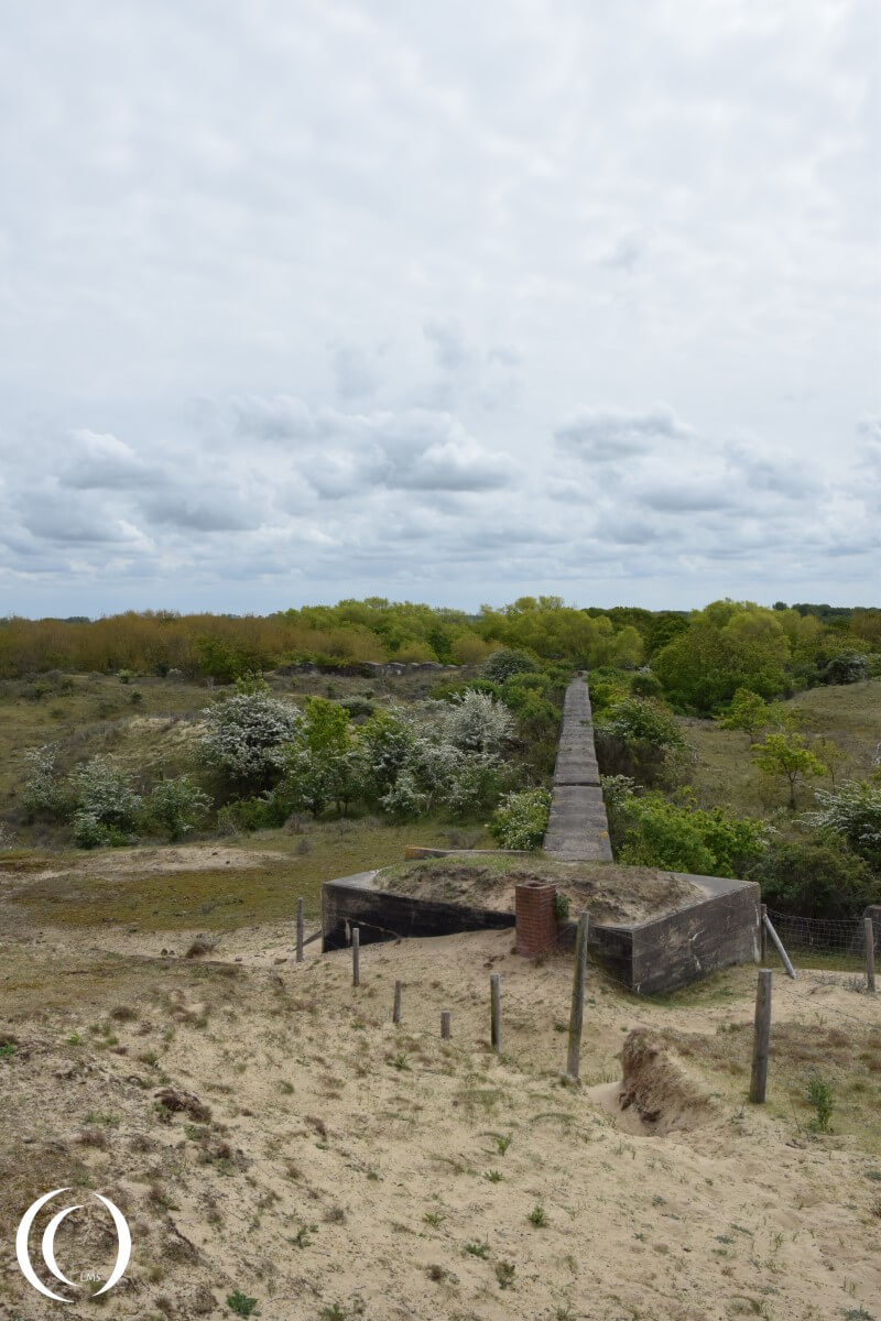 Stützpunkt gruppe Katwijk - Anti Tank Wall with Machine Gun position