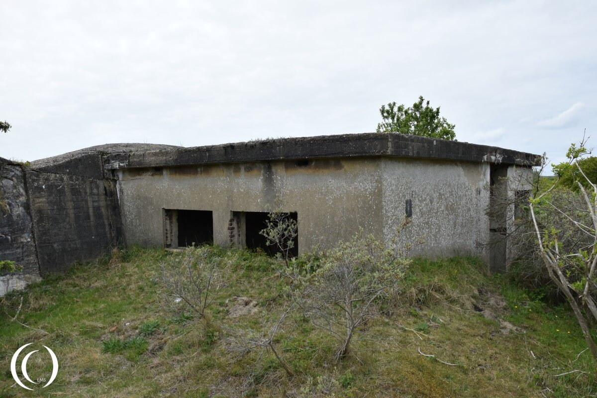 Personnel bunker inside the anti Tank Wall - Stützpunkt Katwijk