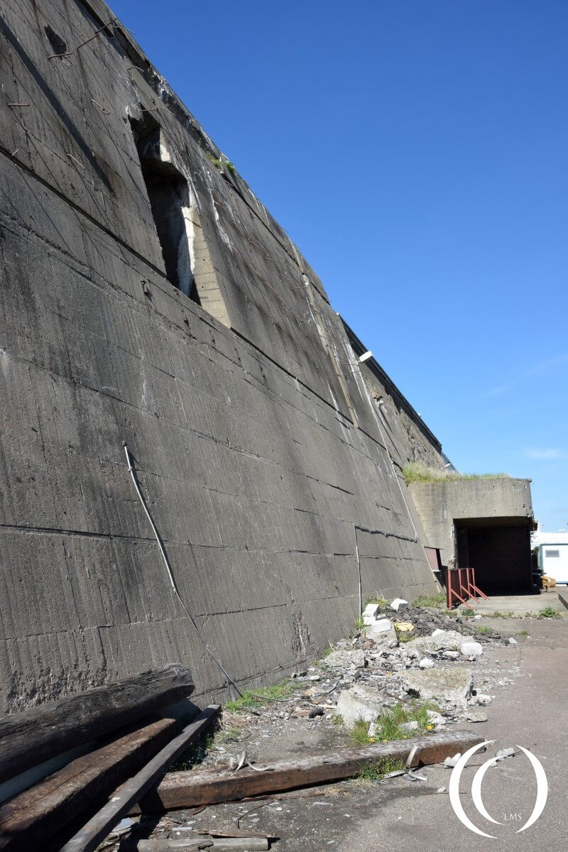 Maintanace objects and torpedo entrance - Schnellbootbunker - Fortress IJmuiden