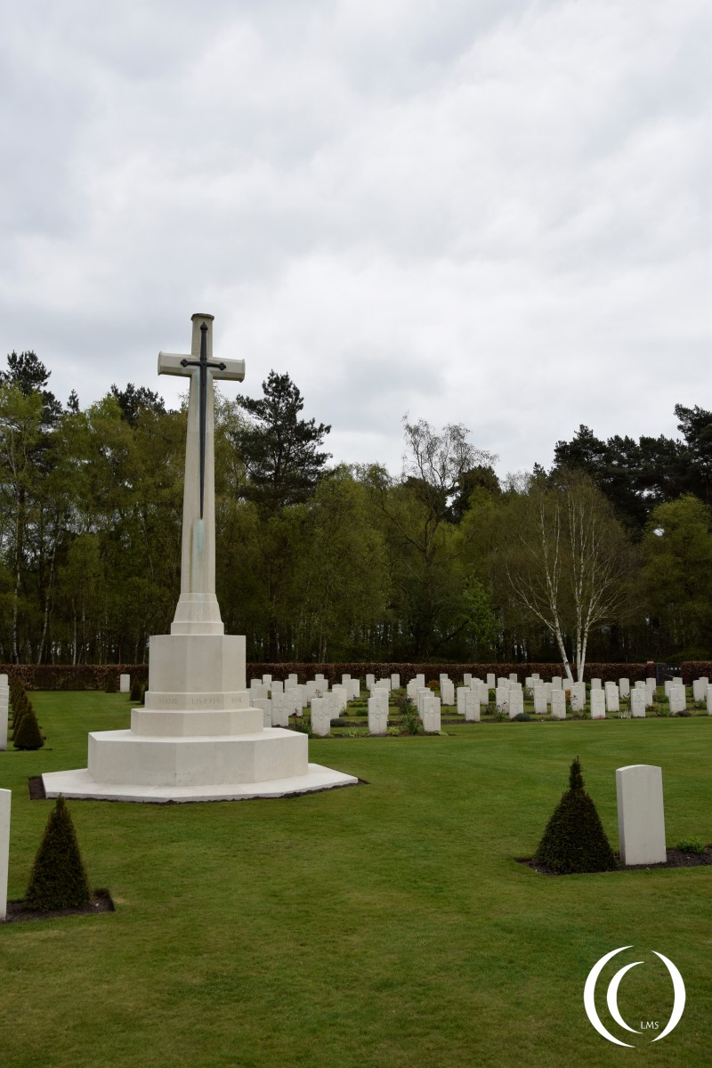 Commonwealth Cemetery Cannock Chase - Cross of Sacrifice