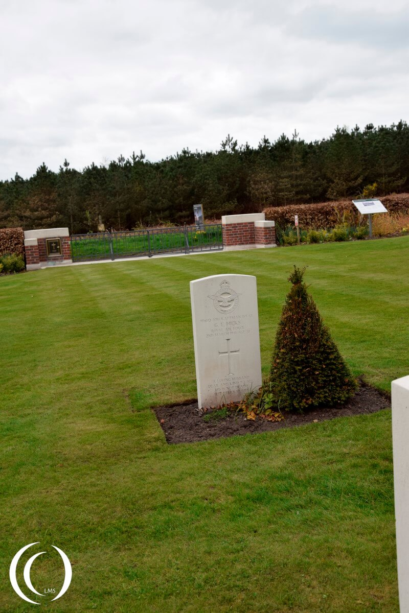 Commonwealth Cemetery Cannock Chase - RAF Pilot