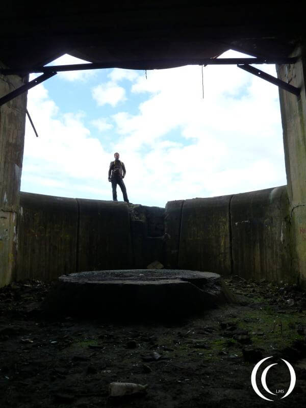 Turm East from the inside, Pascal and the gun emplacement