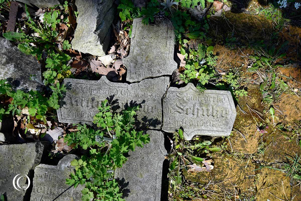 Indian Cemetery Zehrensdorf Germany destroyed headstones