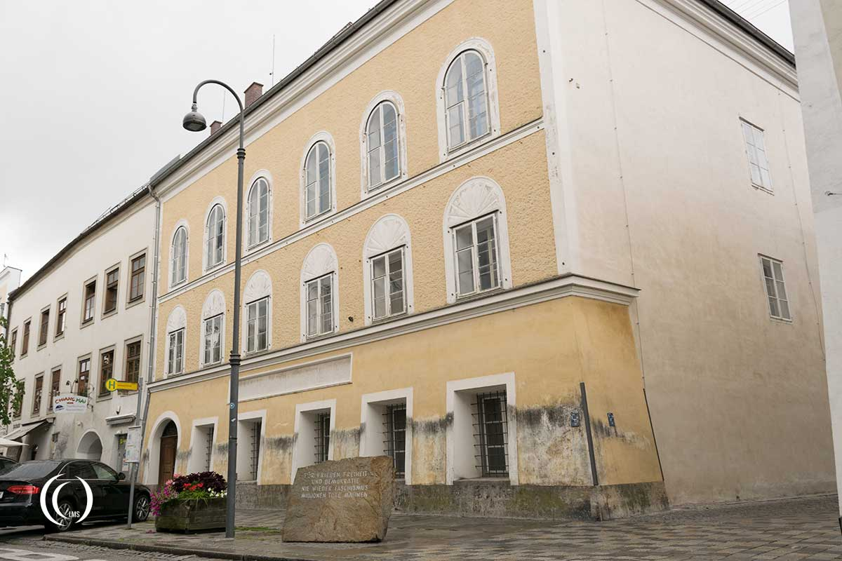 Another view of the birth house of Adolf Hitler in Braunau am Inn, Austria